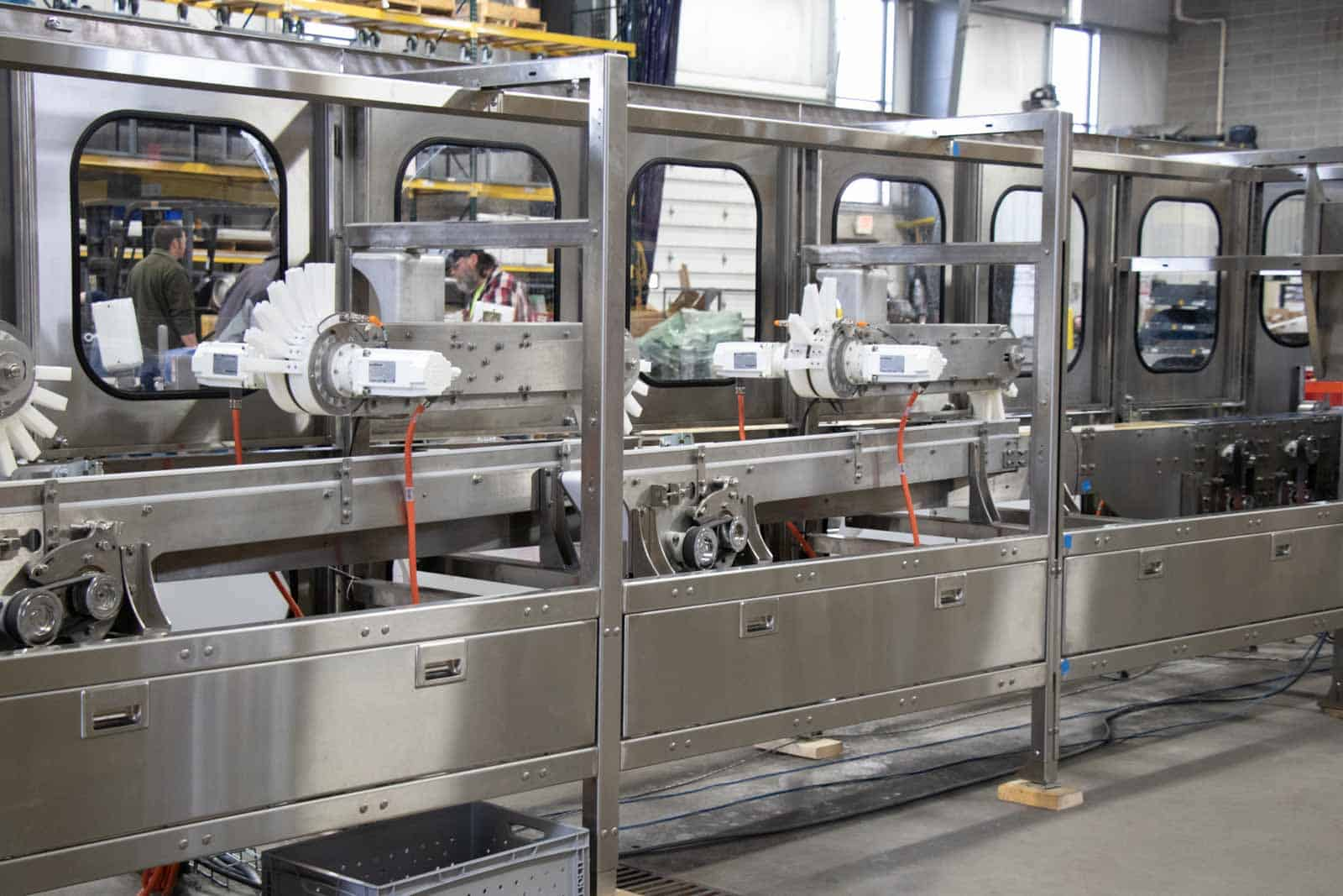 Custom conveyor systems from PHC deliver process efficiency